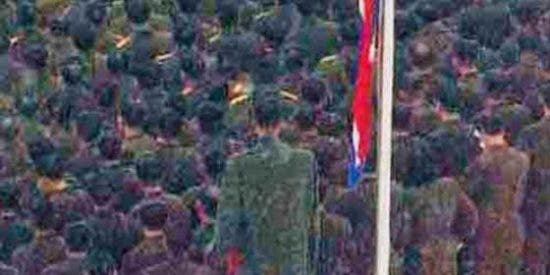 El misterio del soldado gigante en el funeral del coreano Kim Jong-il