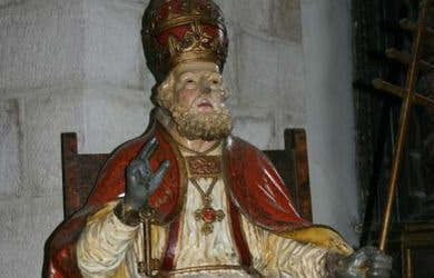 Roban una talla de madera policromada de más de cien años en una iglesia de Ourense