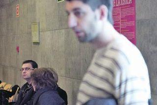 Multado a pagar 540 euros por insultar a un cura asturiano