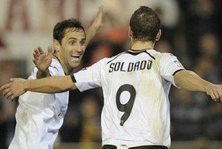 El Valencia fulmina (4-1) al Levante y acaricia las semifinales