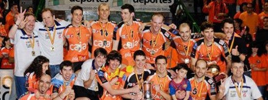 Caja 3 Voleibol Teruel gana la Copa ante el CMA Soria