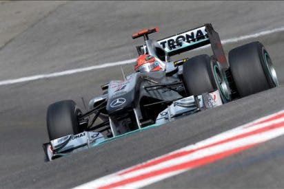 Michael Schumacher se impone en los segundos entrenamientos de Jerez