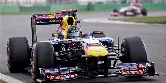 Vettel lidera la primera jornada de entrenos oficiales en Montmeló