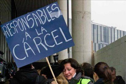 Trabajadores de Newco y Spanair trasladarán hoy su protesta a Fomento