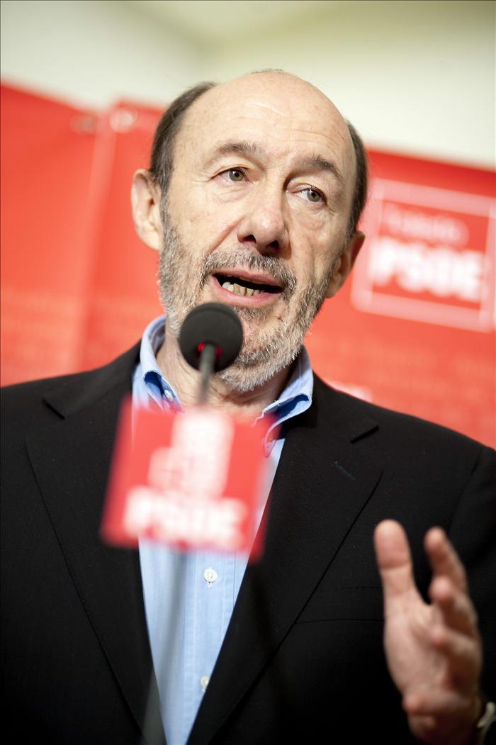 Rubalcaba afirma que el PSOE no quedará lesionado tras el Congreso de Sevilla