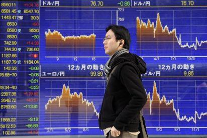 El Nikkei recupera los 9.000 puntos animado por las perspectivas de Toyota