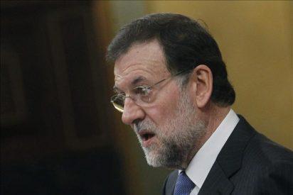 """Rajoy dice que la situación del paro es """"crítica"""" y empeorará en 2012"""