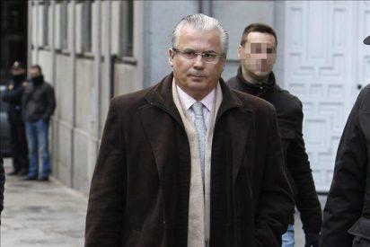 Manos Limpias mantiene su petición de 20 años de inhabilitación para Garzón