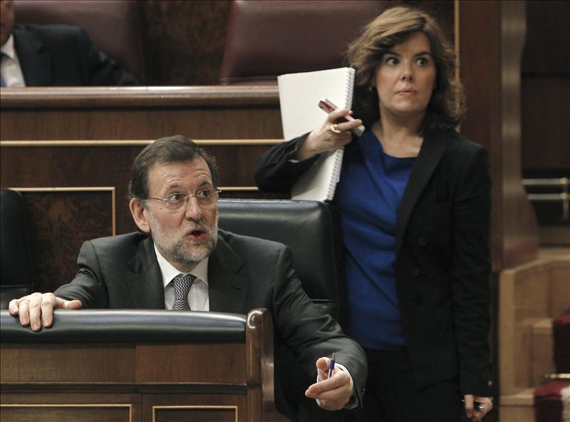 """Rajoy pide a Grecia que """"cumpla con sus deberes"""" como hace España"""