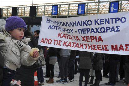 La Policía reprime en Atenas una manifestación en contra de los acuerdos con la troika