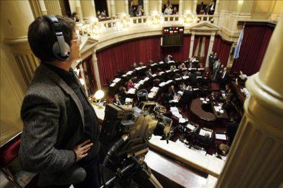 Legisladores argentinos se duplican su sueldo pese a los llamados de moderación salarial