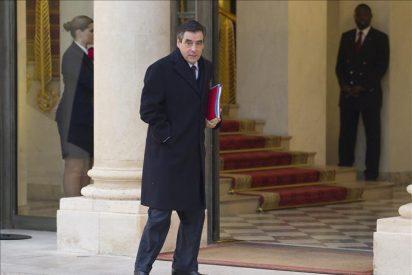 Fillon sugiere que en Alemania hay voces que apuestan por la quiebra griega