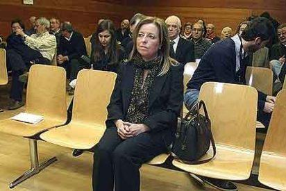 La ex directora general de la CAM pide ahora diez millones