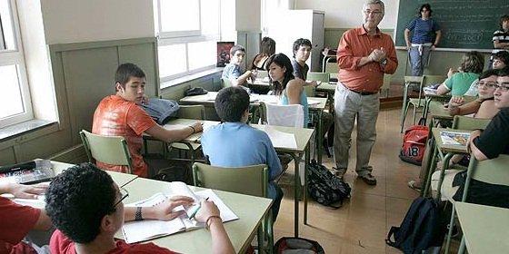 Aguirre dará libertad a las familias para elegir el colegio de sus hijos