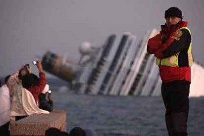 El caos en el puente de mando del Costa Concordia, en vídeo