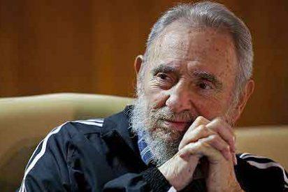 Fidel Castro reaparece presentando su libro de memorias en La Habana