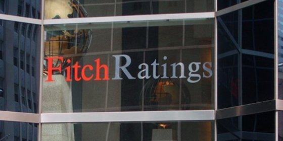 Fitch vuelve a bajar la nota de gobiernos autonómicos y locales