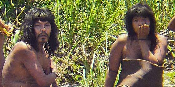 La tribu indígena perdida miles de años en Perú contacta con el mundo
