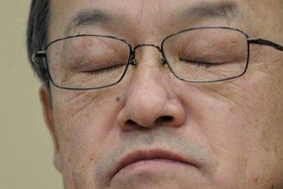 Arrestan al ex presidente de Olympus por presunta estafa