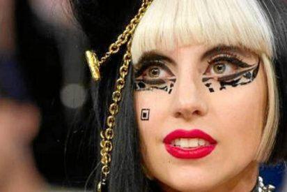 Lady Gaga posa desnuda del todo para promocionar su gira musical