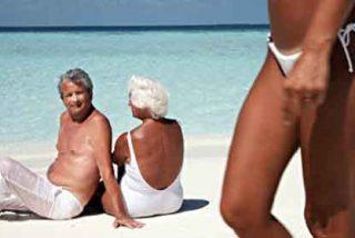 La lotería del sexo con mayores de 50 o el peligro del 'viejo verde'