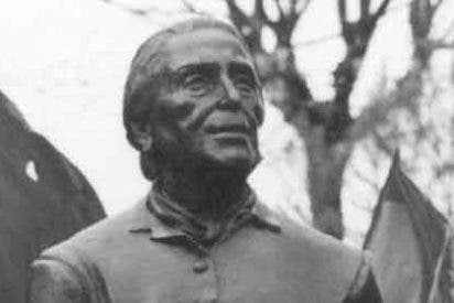 Roban el busto de la 'Pasionaria' en una ciudad de la periferia de Madrid