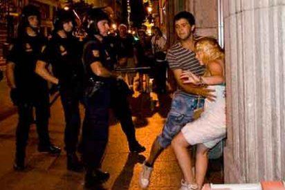 Absuelven a la policía que le soltó un bofetón a la indignada rubia del 15-M