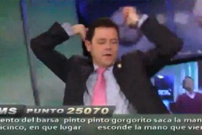 Óscar Pereiro interpreta 'Ai se eu te pego' con Tomás Roncero y Carles Fité en la pista de baile