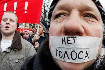 Miles de rusos marchan en contra y a favor de la candidatura de Putin