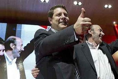 """Rubalcaba acusa a Rajoy de aplicar una política de """"ajuste de cuentas"""""""