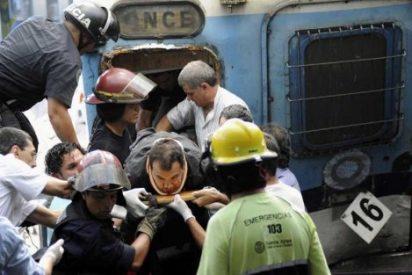 """El Papa, """"profundamente afligido"""" por tragedia ferroviaria"""