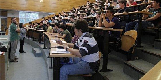 Sólo el 7,6% de los españoles con máster o MBA está en el paro