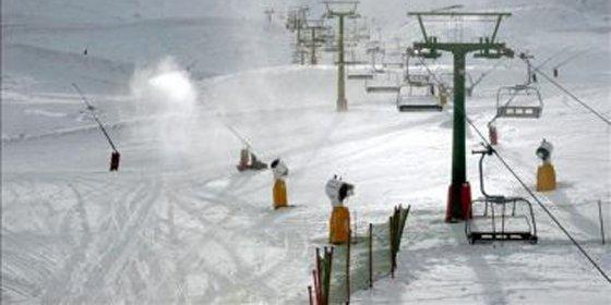 Valdezcaray abre con 13 pistas con nieve polvo y 8,75 km esquiables
