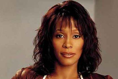 Whitney Houston fue encontrada muerta sumergida bajo el agua en su bañera