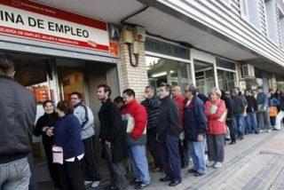 El Gobierno dice que los 4,7 millones de españoles en paro demuestra la necesidad de la reforma laboral