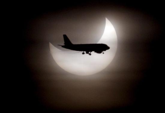 España podrá ver el primer eclipse penumbral de Luna de 2020