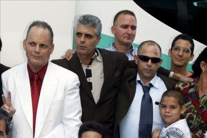 Lech Walesa pide al Papa que se reúna con la disidencia cubana