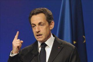 Sarkozy contraataca y anuncia un nuevo impuesto para las grandes empresas