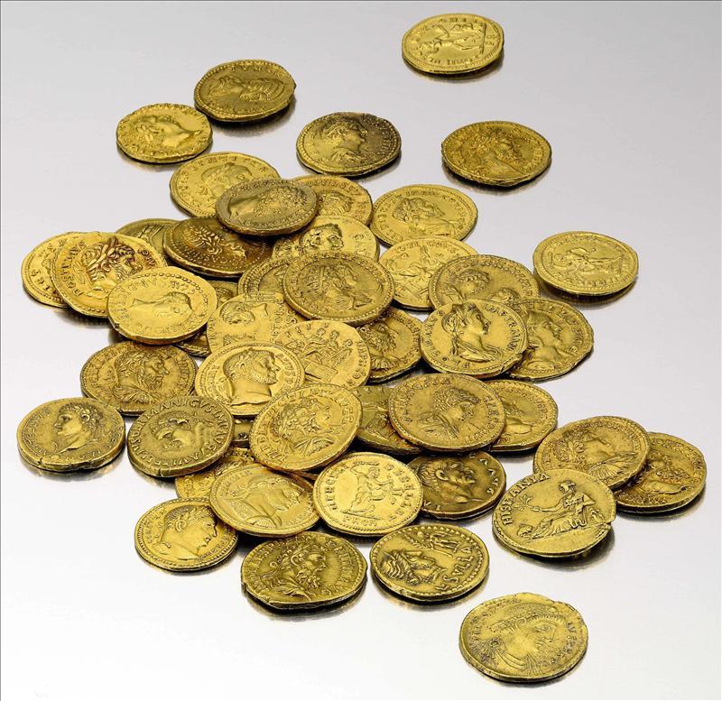 Un comprador anónimo se lleva una espectacular colección de monedas hispanas