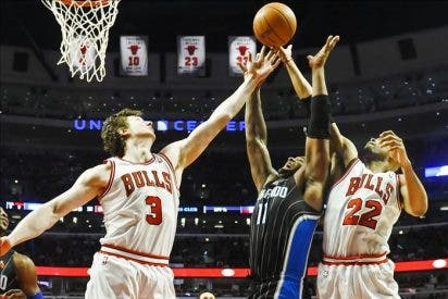 "94-99. ""Superman"" Howard cortó la racha triunfal de Rose y los Bulls"