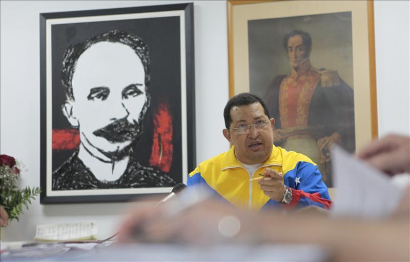 Chávez dice que su evolución es favorable y debe volver esta semana a Caracas