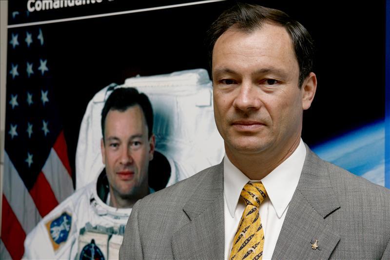 El astronauta español Miguel López-Alegría deja la NASA tras veinte años
