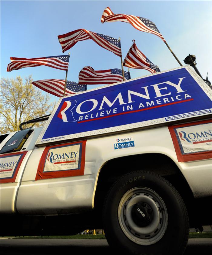 Illinois vota hoy entre dar un impulso clave a Romney o mantener a Santorum