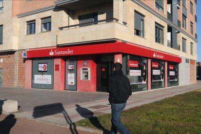 Fitch alaba al Gobierno por exigir más provisiones a la banca por la crisis inmobiliaria