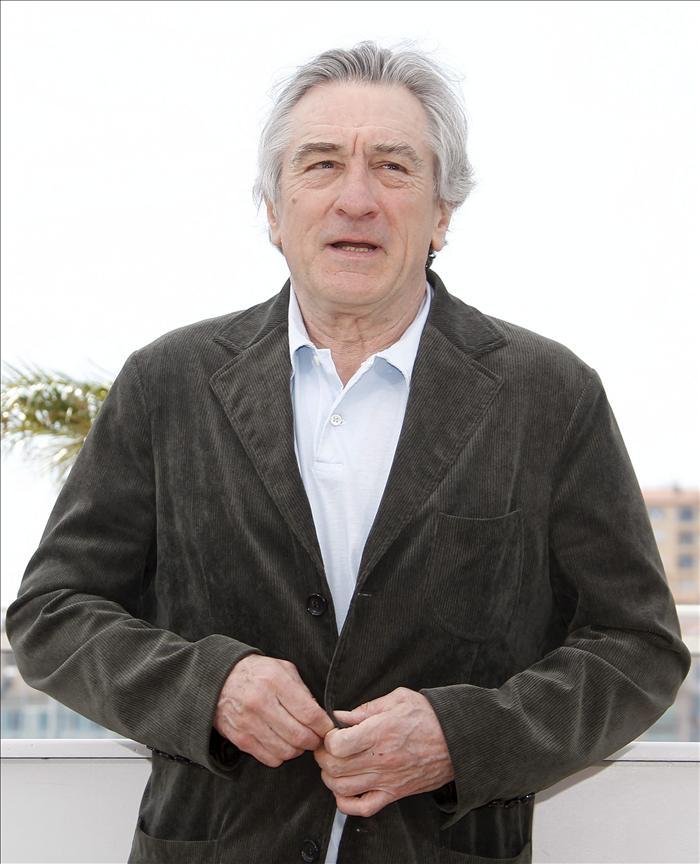 """De Niro provoca polémica con sus """"dudas"""" sobre una primera dama blanca"""