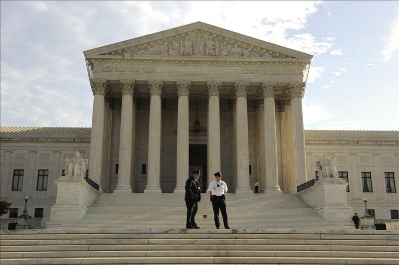 El Tribunal Supremo de EE.UU. comienza a estudiar la constitucionalidad de la reforma sanitaria de Obama