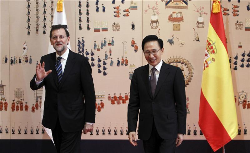 Rajoy respalda a las empresas españolas ante el presidente surcoreano