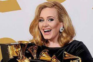 La británica Adele es la artista que más discos ha vendido en el siglo XXI