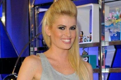 Adriana Abenia regresa a 'Sálvame' tras el despido de 'Chiqui'
