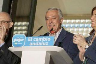 O Rajoy y su círculo empiezan a hacer política... o serán flor de un día
